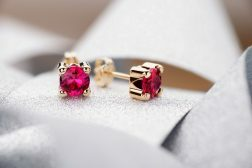 Tips for Successful Jewellery Photography Styling Photography Firm